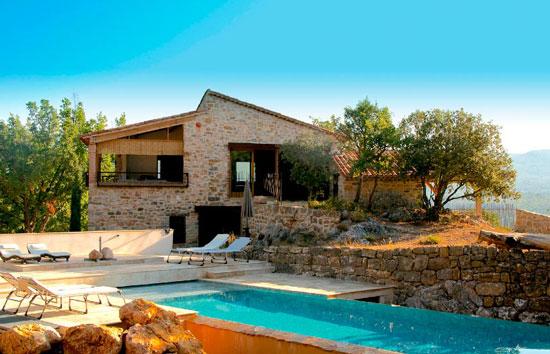 villa-de-charme-alesia-2-piscine-de-luxe-diapo